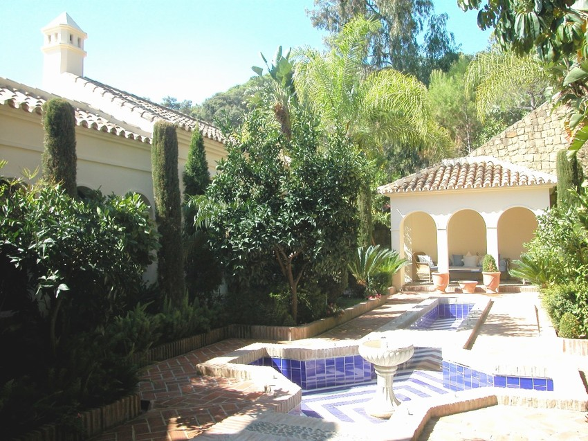 Spain 4 Bed Villa for sale in San Pedro de Alcántara, Marbella €3,950,000