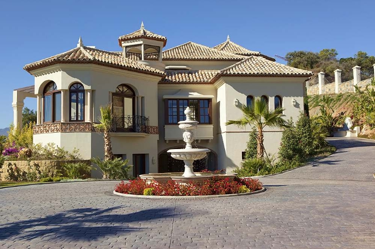 Spain 7 Bed Villa for sale in Marbella Club Golf Resort, Benahavís €4,950,000