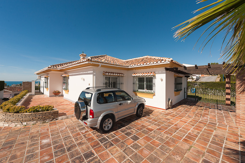 Spain 4 Bed Villa for sale in Mijas €695,000