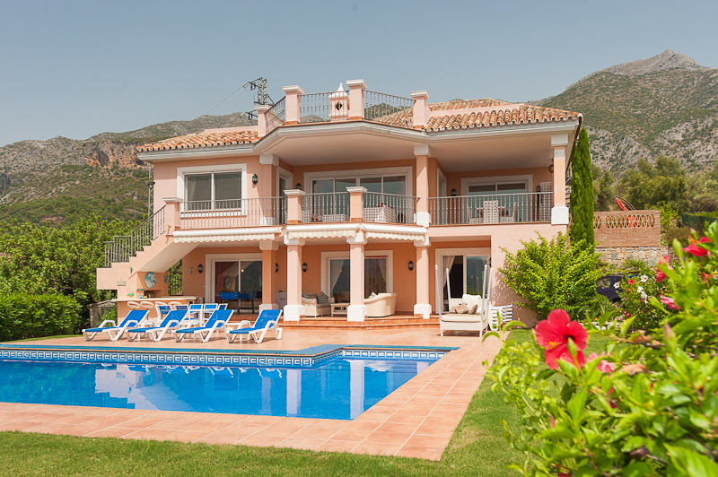 Spain 6 Bed Villa for sale in Istán €2,500,000