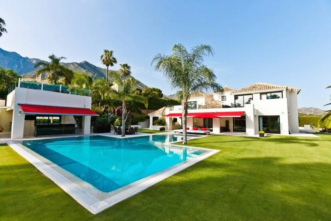 Spain Villa for sale in Marbella West, Marbella €4,950,000