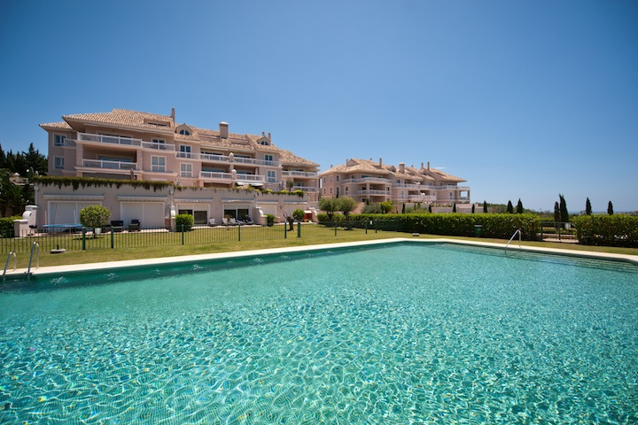 Spain 3 Bed Geriatric home for sale in East Estepona, €895,000