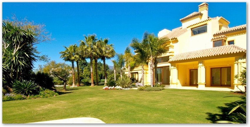 Spain Detached 5 Bed Villa for sale in Marbella West €3,950,000