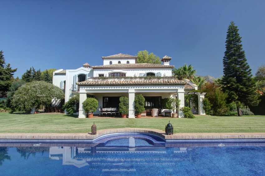 Spain 6 Bed Villa for sale in Marbella West €3,950,000