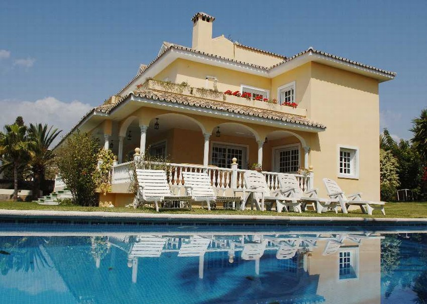 Spain 6 Bed Villa for sale in Marbella West €3,800,000