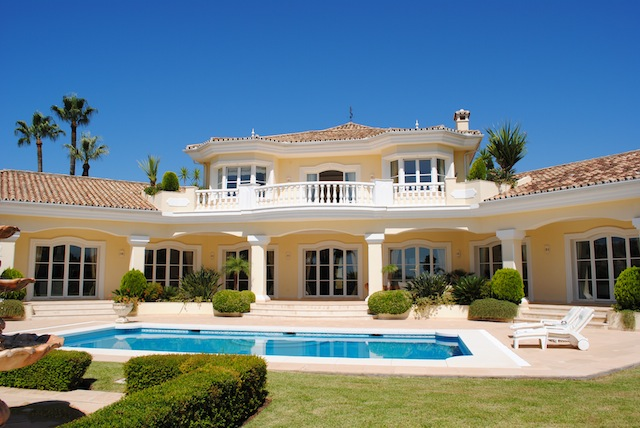 Spain 4 Bed Detached Villa for sale in Marbella West, Marbella €3,495,000
