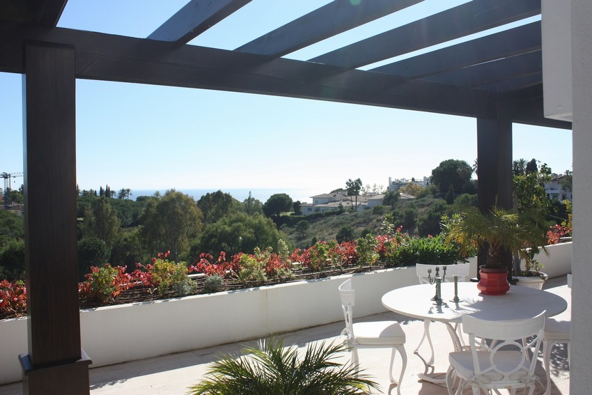 Spain 5 Bed Villa for sale in Marbella West, Marbella €1,495,000