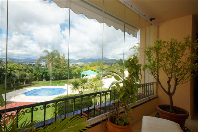 Spain 3 Bed Apartment For Sale in Marbella West €775,000
