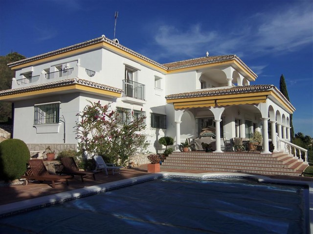 4 Bedroom Villa for sale in Mijas, Málaga, Spain €795,000